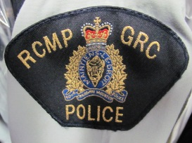 police-courtesy-rcmps-paul-dawson-rcmp-uniform-logo-jan-3-2012-2