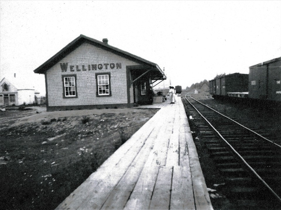Station and Railyard in 1909