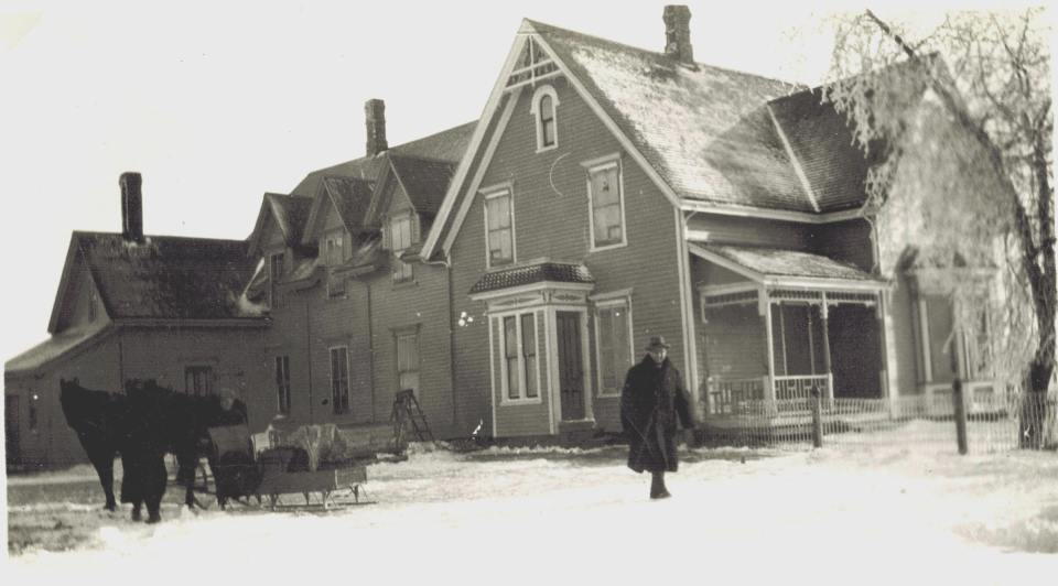 Poirier Hotel in the 1920s